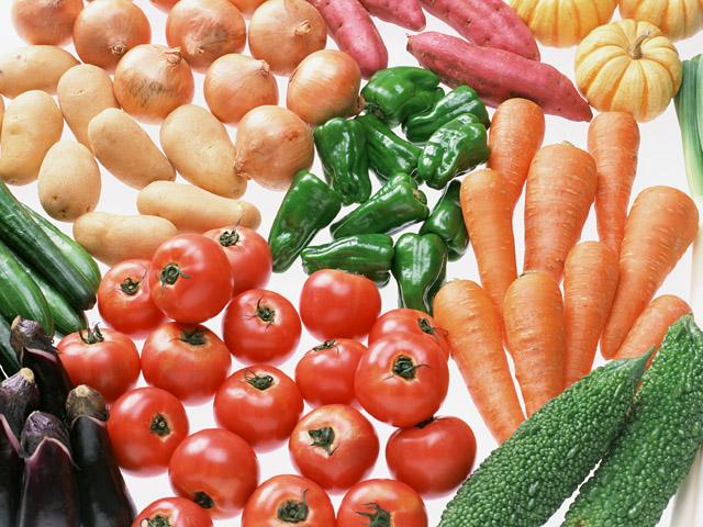 市販の野菜ジュースで栄養をとれた「気」になっていませんか?〜自家製酵素ジュースとの大きな効果の違いとは〜